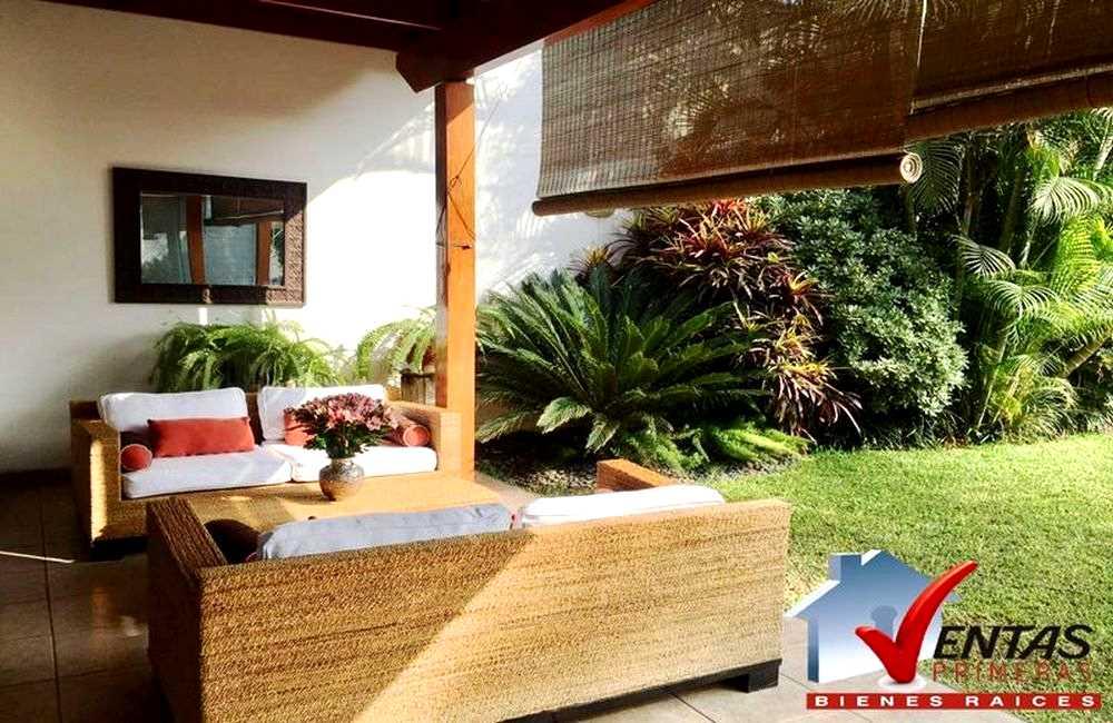 Casa en Condominio e Independiente moderna